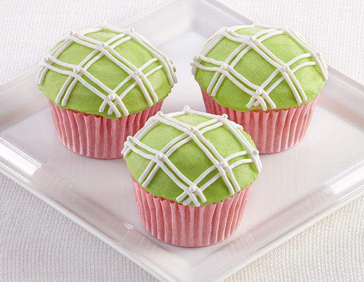 Pink and Green Plaid Cupcakes from Cake Mate for Spring Dessert Ideas